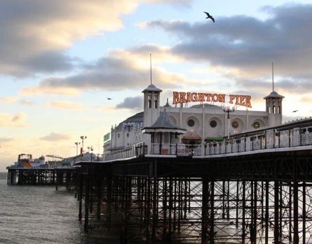 Le pier à Brighton. Près de chez Ann, famille d'accueil à Brighton
